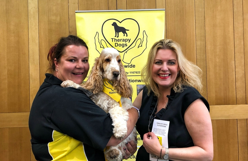 Mims Davies Therapy Dogs 1